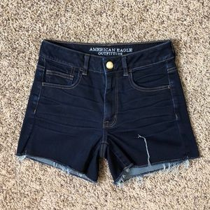 AEO High Rise Shortie Jean Shorts Size 6